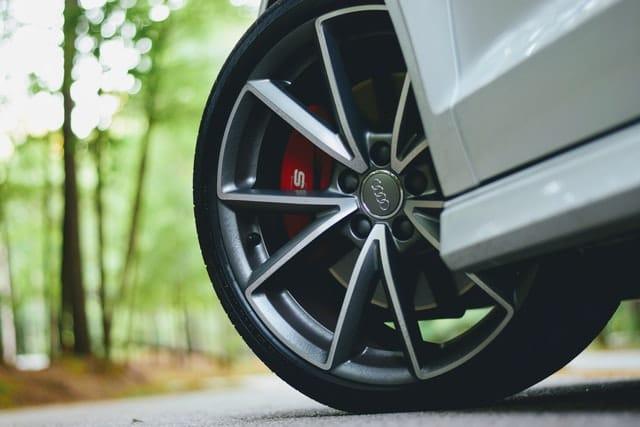 Sansone's Automotive Summerlin wheel alignment